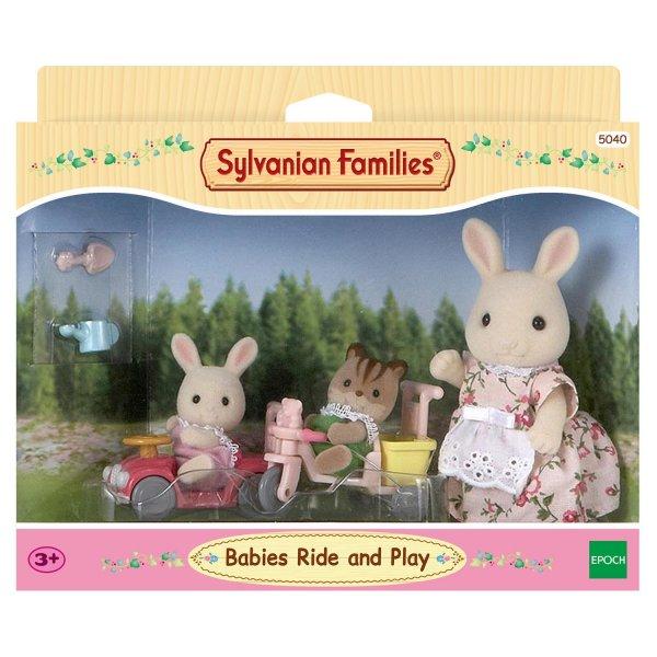 5040 5040 Набор Sylvanian Families 5040 Детская прогулка