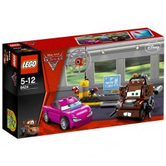 Конструктор LEGO Cars Шпионский штаб Мэтра