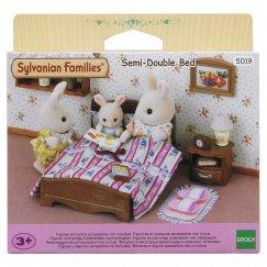5019/2934 Игровой набор Sylvanian Families Большая кровать и тумбочка